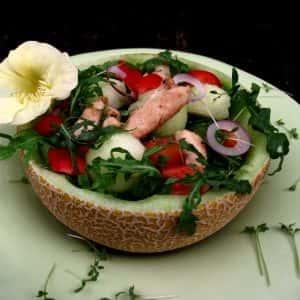 Melonensalat mit Hähnchenbrustfilet